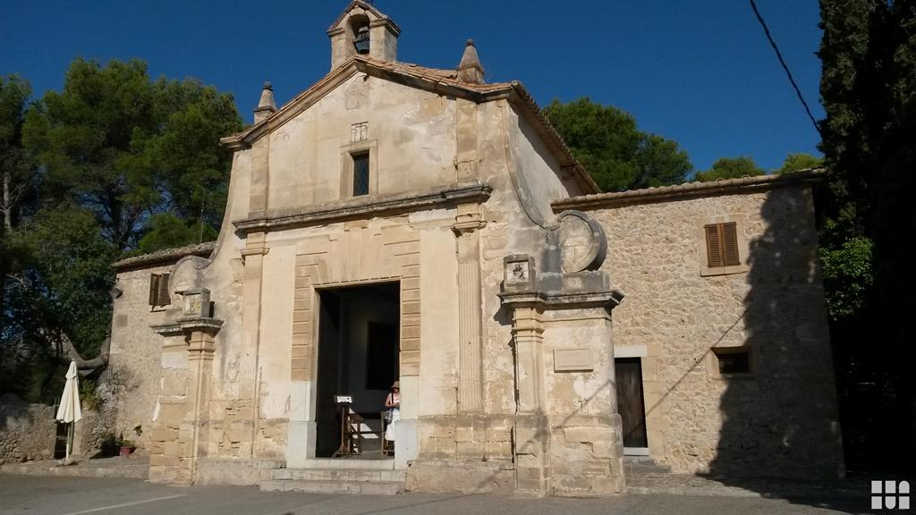 Pollenca -  Port de Pollenca - Cala Sant Vicenc - Die Kapelle Eglésia del Calvari auf dem Kalvarienberg