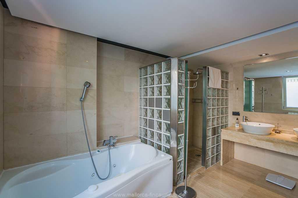 Foto der Wohnung MAL-20-004-01-villa-bona-sol-alcudia-bad3.jpg