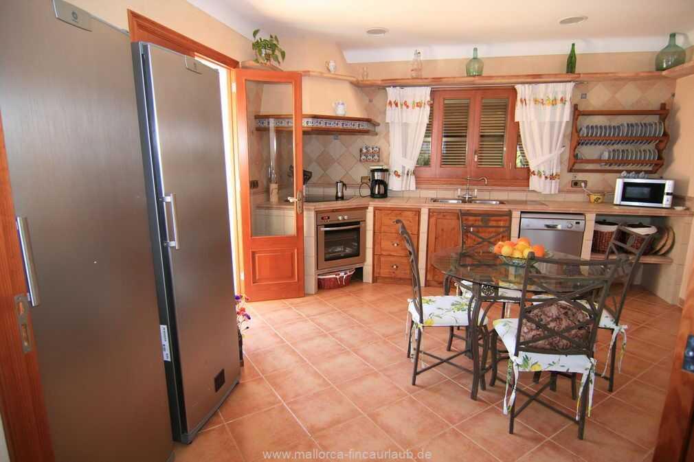 Foto der Wohnung MAL-23-007-01-finca-gran-marti-can-picafort-kueche.jpg