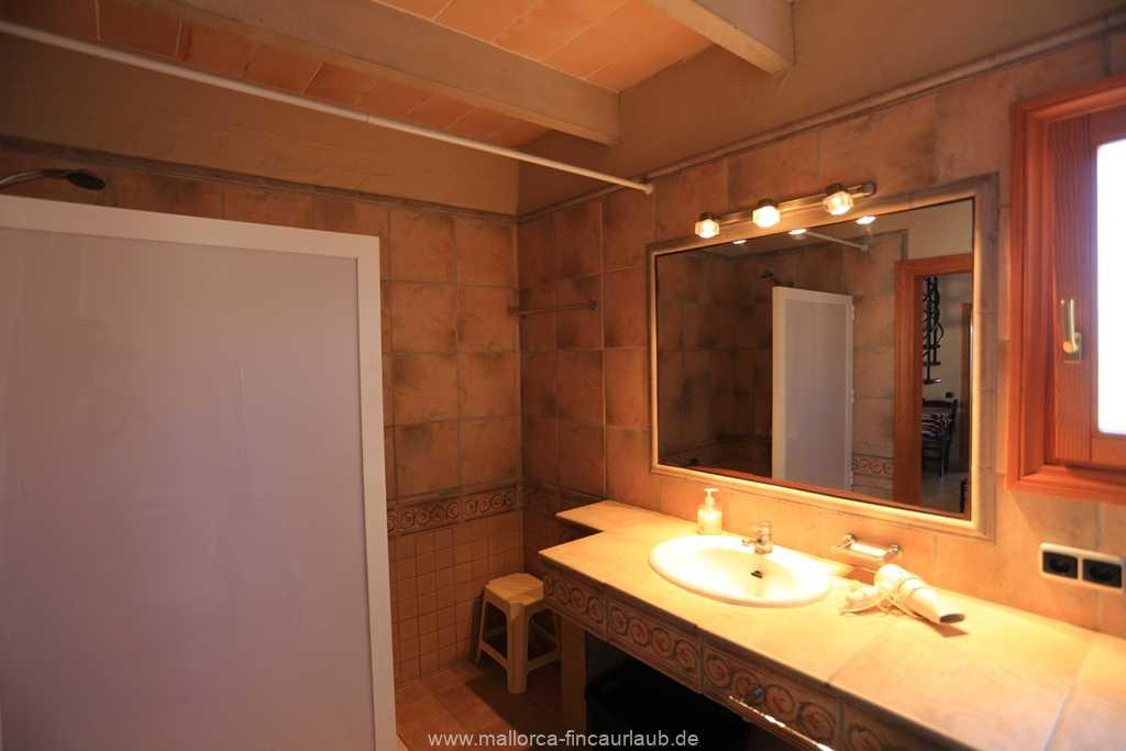 Foto der Wohnung MAL-23-025-01-finca-can-manuel-can-picafort.bad4.jpg