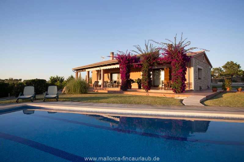 Finca Olivia - Finca MALLORCA Can Picafort / Playa Muro MALLORCA