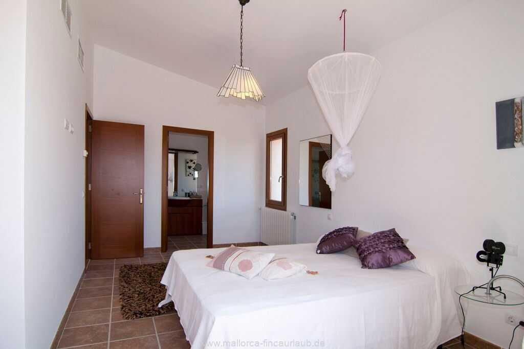 Foto der Wohnung MAL-23-084-01-finca-lydia-can-picafort.schlafen2.jpg