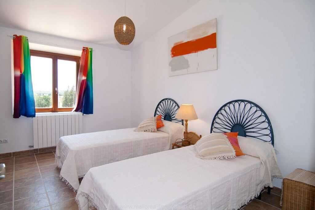 Foto der Wohnung MAL-23-084-01-finca-lydia-can-picafort.schlafen3.jpg