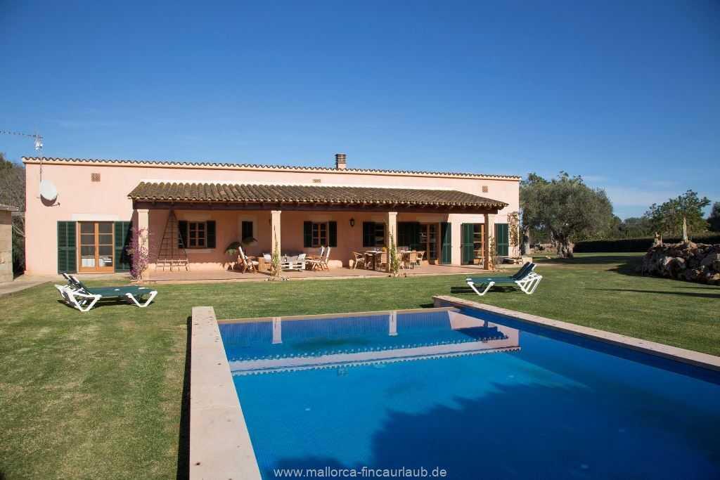 Foto der Wohnung MAL-23-086-01-finca-parera-can-picafort-ansicht.jpg