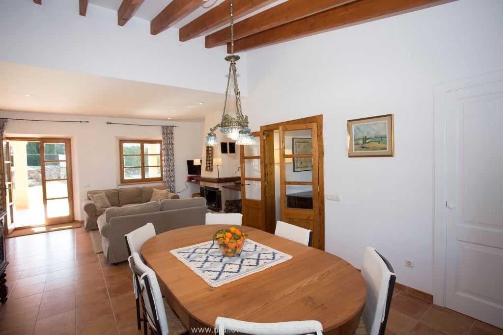 Foto der Wohnung MAL-23-086-01-finca-parera-can-picafort-essen1.jpg