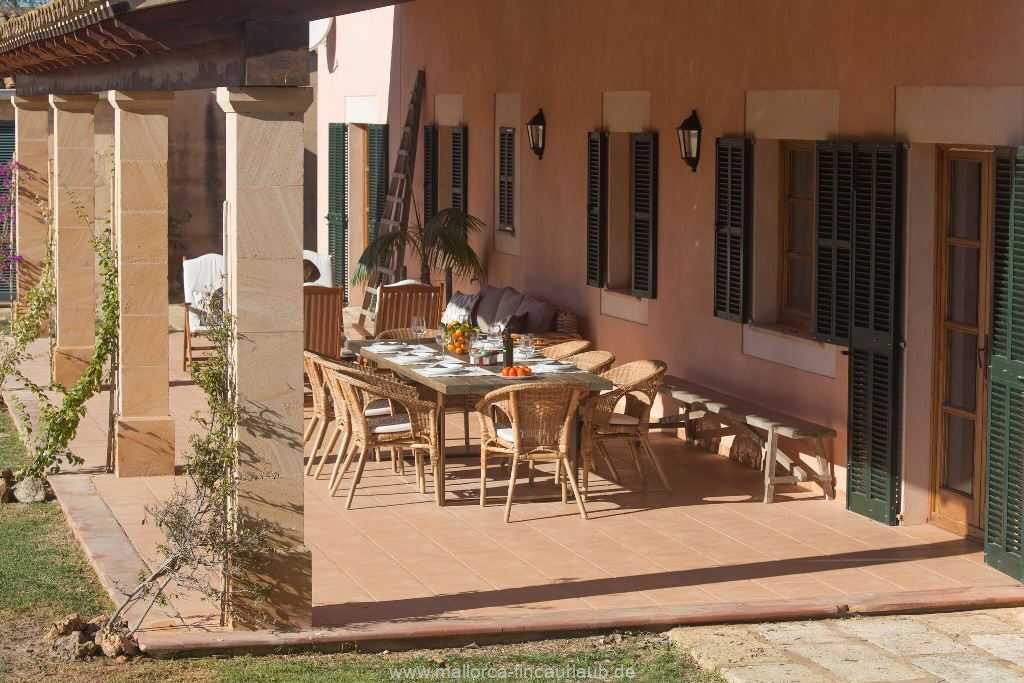 Foto der Wohnung MAL-23-086-01-finca-parera-can-picafort-terrasse.jpg