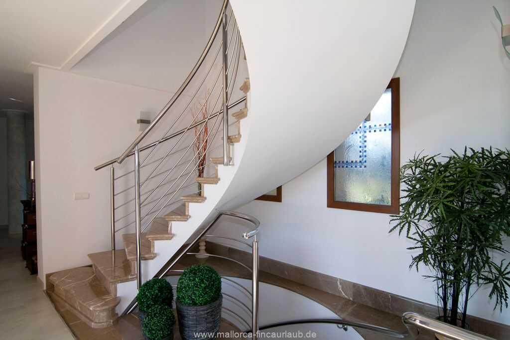 Foto der Wohnung MAL-23-090-01-finca-alhaja-can-picafort-treppe.jpg