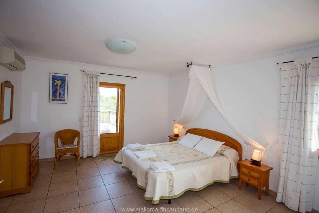 Foto der Wohnung MAL-23-122-01-finca-san-pirro-can-picafort-schlafen1.jpg