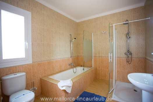 Foto der Wohnung MAL-23-150-01-finca-estrella-can-picafort-bad1.jpg