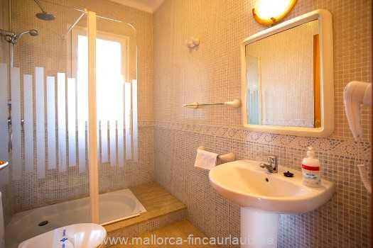 Foto der Wohnung MAL-23-150-01-finca-estrella-can-picafort-bad2.jpg