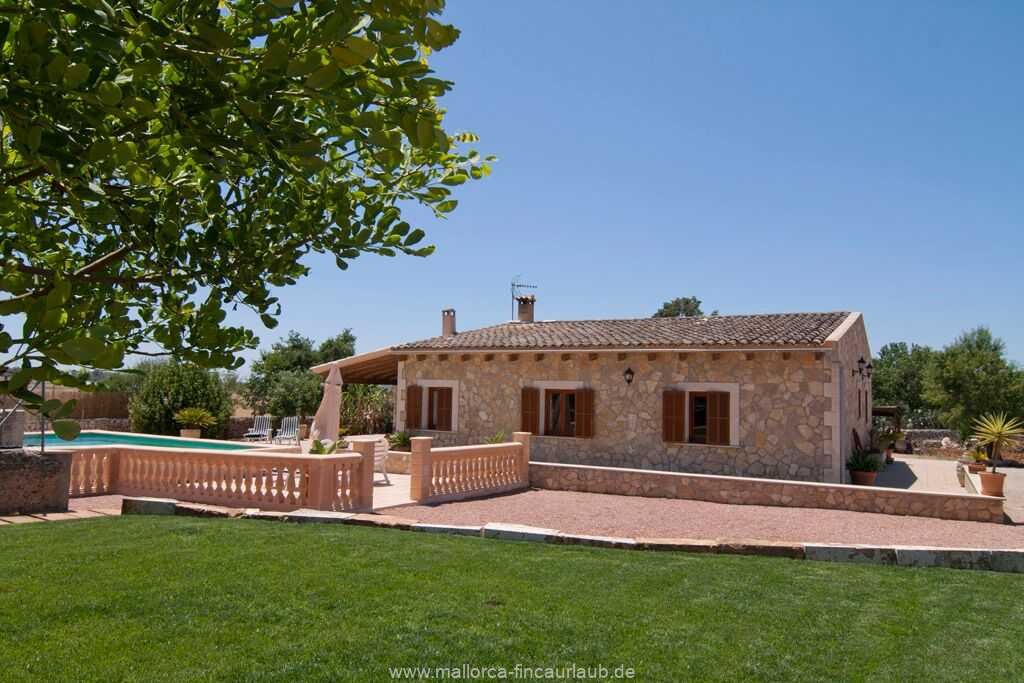 Foto der Wohnung MAL-26-069-01-finca-ariany-santa-margalida-ansicht1.jpg