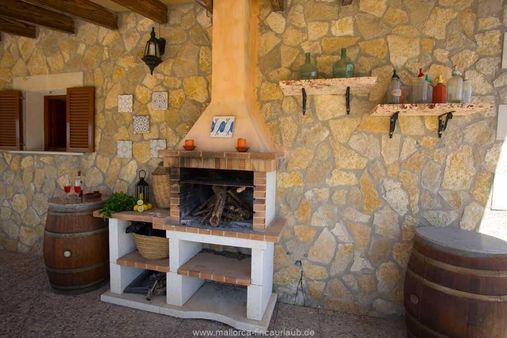 Foto der Wohnung MAL-26-069-01-finca-ariany-santa-margalida-grill.jpg