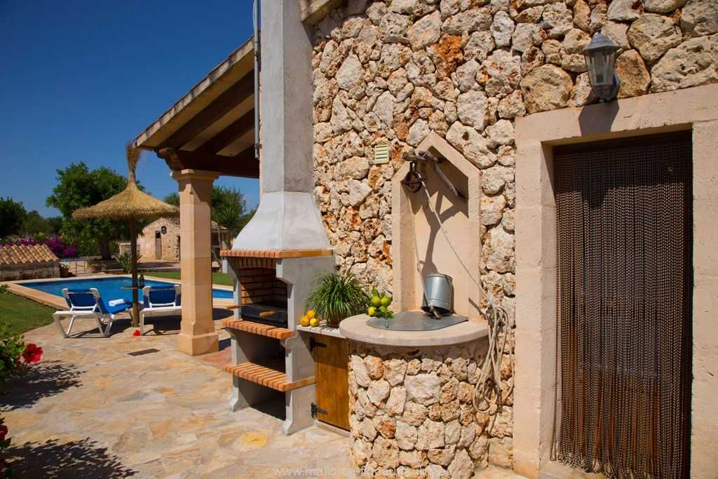 Foto der Wohnung MAL-26-097-01-finca-estefan-santa-margalida-grill.jpg