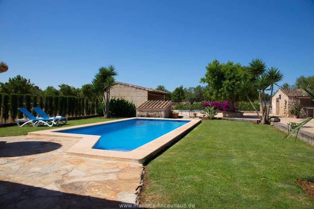 Foto der Wohnung MAL-26-097-01-finca-estefan-santa-margalida-pool2.jpg