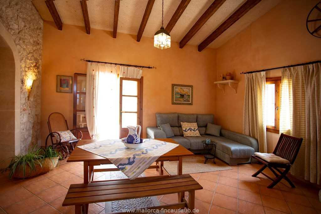 Foto der Wohnung MAL-26-097-01-finca-estefan-santa-margalida-wohnen1.jpg