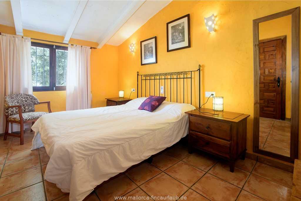 Foto der Wohnung MAL-40-508-04.finca-miramarIV-schlafen.jpg
