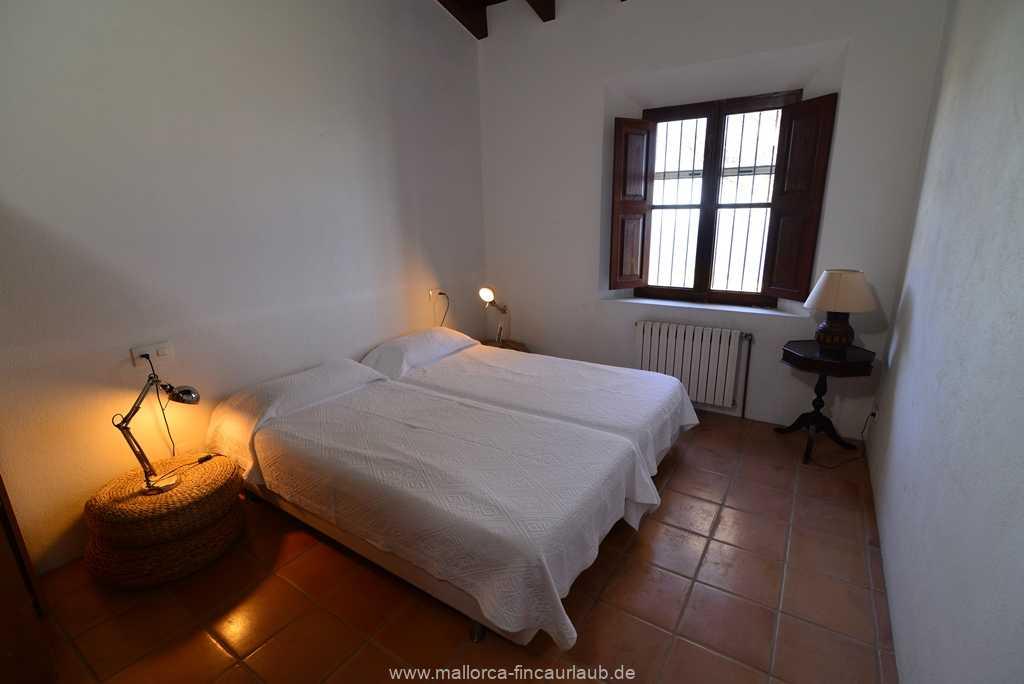Foto der Wohnung MAL-40-511-01-finca-vidal-deia-valldemossa-schlafzimmer2.JPG