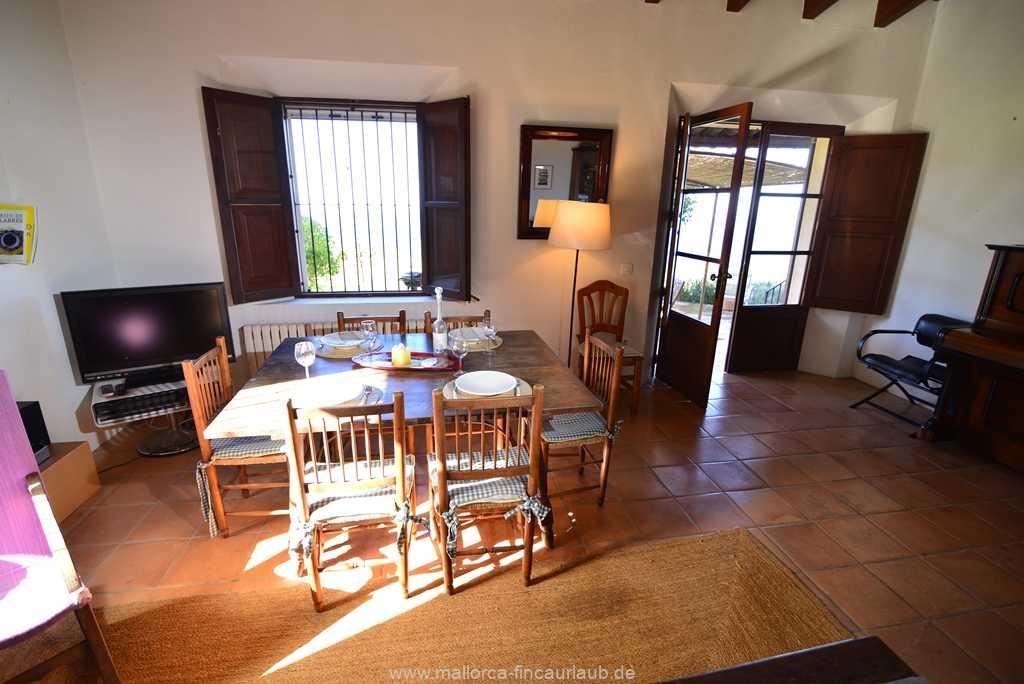 Foto der Wohnung MAL-40-511-01-finca-vidal-deia-valldemossa-wohnraum1.JPG