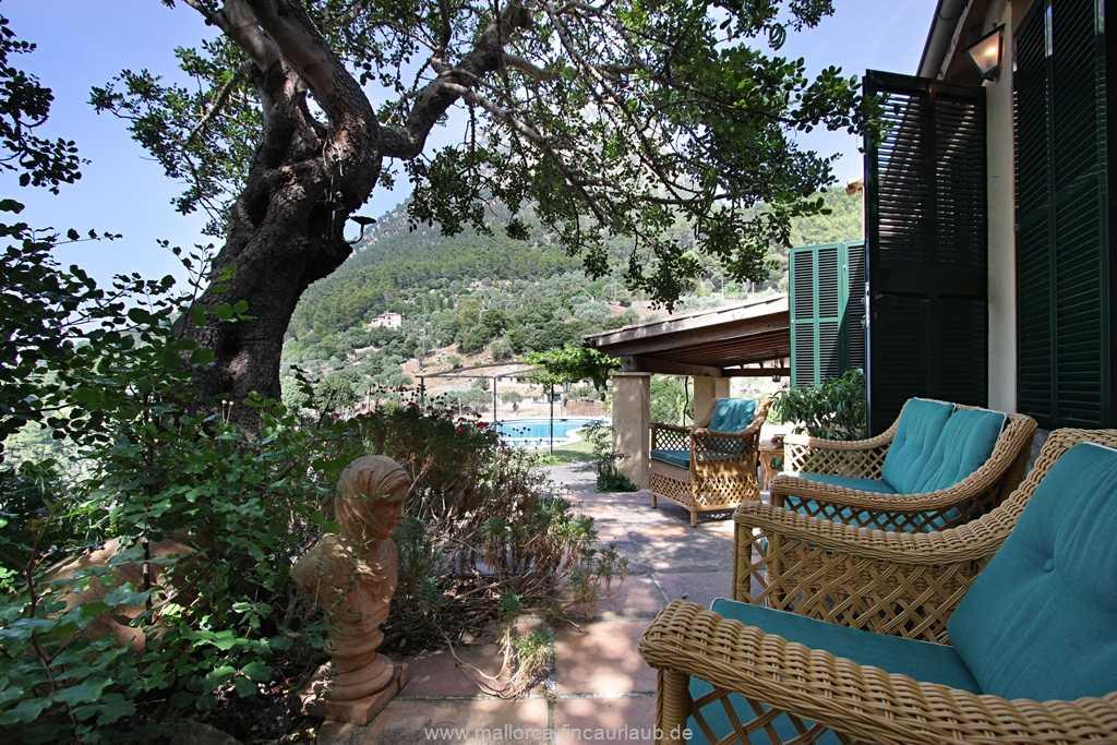 Foto der Wohnung MAL-40-515-01-finca-can-costa-deia-valldemossa-gartenterrasse1.jpg