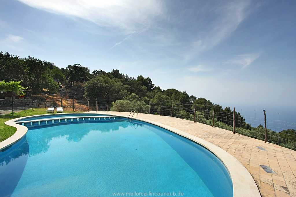 Foto der Wohnung MAL-40-515-01-finca-can-costa-deia-valldemossa-pool2.jpg