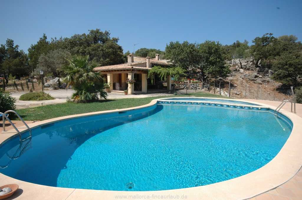Foto der Wohnung MAL-40-515-01-finca-can-costa-deia-valldemossa-pool3.jpg