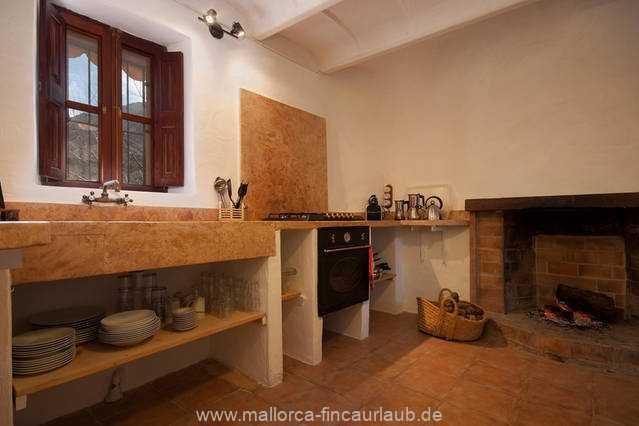 Foto der Wohnung MAL-40-516-01-finca-elena-deja-valldemossa-kueche.jpg