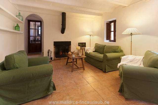Foto der Wohnung MAL-40-516-01-finca-elena-deja-valldemossa-wohnraum1.jpg