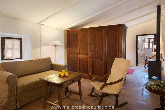 Foto der Wohnung MAL-40-516-01-finca-elena-deja-valldemossa-wohnraum2.jpg