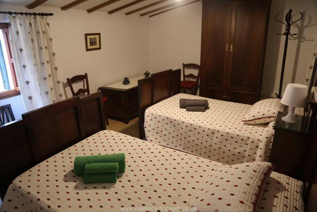 Foto der Wohnung MAL-40-533-01-fh-sa-caseta-valldemossa-schlafzimmer.jpg