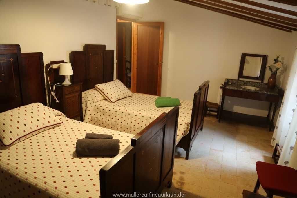 Foto der Wohnung MAL-40-533-01-fh-sa-caseta-valldemossa-schlafzimmer1.jpg