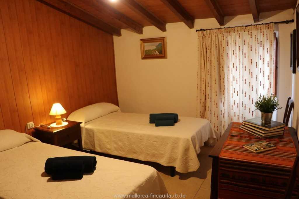 Foto der Wohnung MAL-40-533-01-fh-sa-caseta-valldemossa-schlafzimmer2.jpg