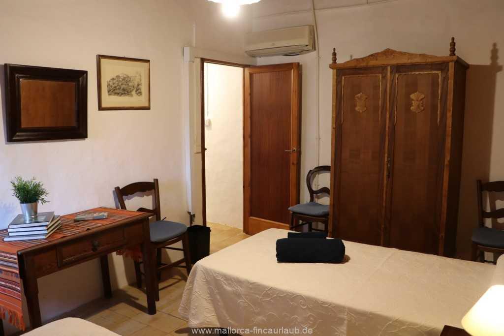 Foto der Wohnung MAL-40-533-01-fh-sa-caseta-valldemossa-schlafzimmer3.jpg