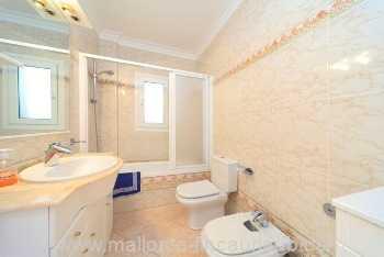 Foto der Wohnung MAL-63-528-01-bad.neu.12.12.jpeg