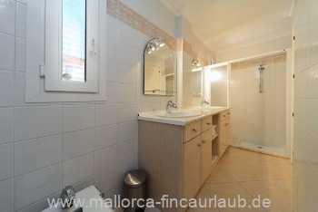 Foto der Wohnung MAL-63-528-01-bad2.neu.12.12.jpeg